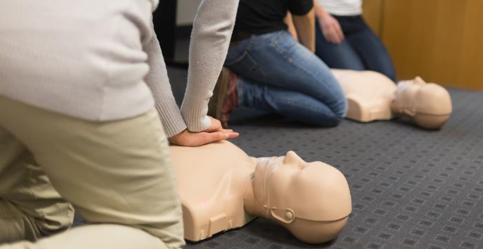 erste hilfe leisten - Erste Hilfe leisten kann Leben retten