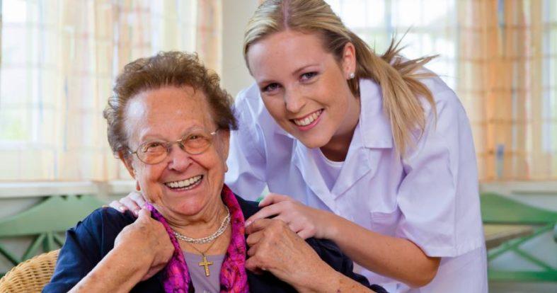 pflegezusatzversicherung - Pflegezusatzversicherung kann vor Altersarmut bewahren