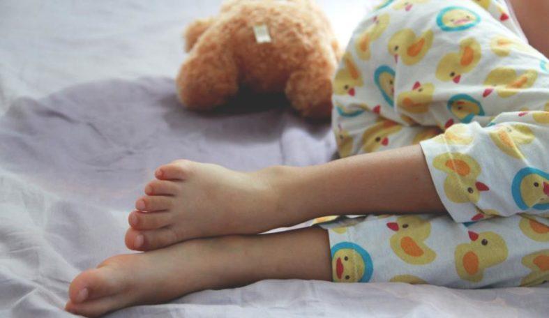 bettnaessen - Enuresis - auch bekannt als Bettnässen