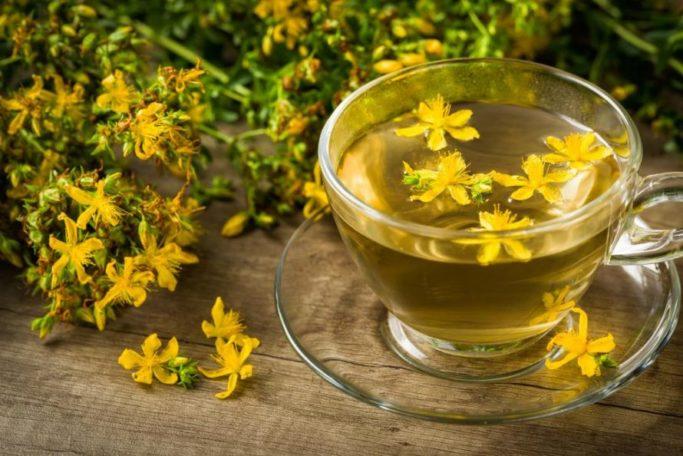 Johanniskraut Tee